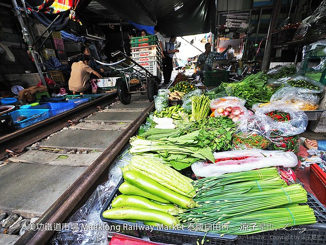 美功鐵道市場 Maeklong Railway Market 泰國自由行 50