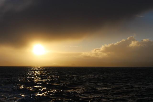 soleil nuages et mer
