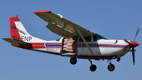PH-ENP Private Cessna 206 Stationair