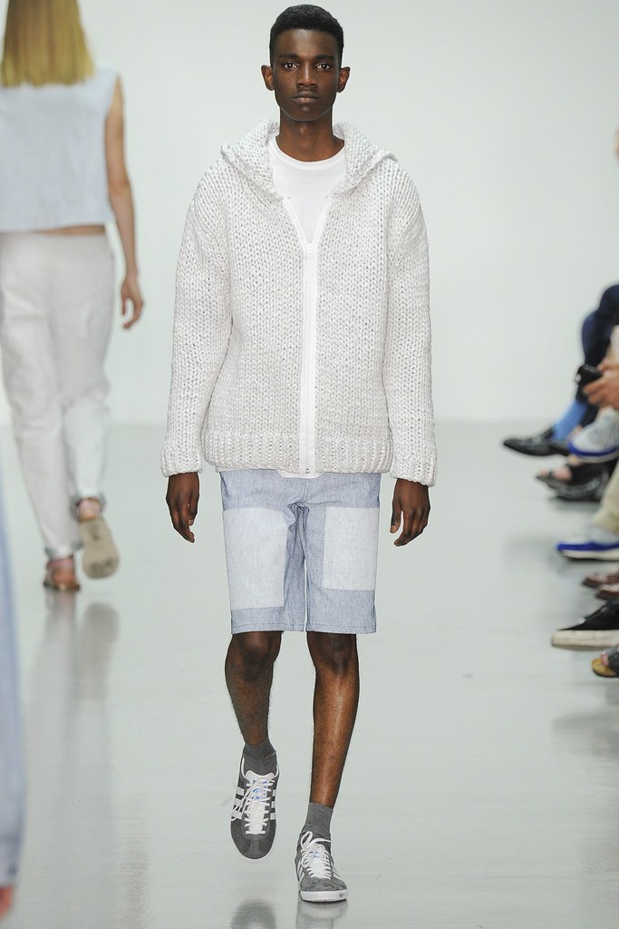 SS15 London Richard Nicoll005_George Koh(VOGUE)