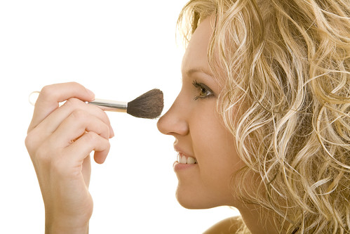 Joel Schlessinger MD discusses mineral and non-mineral makeup