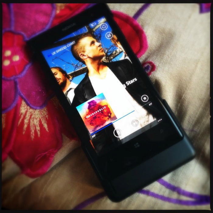 Nokia-lumia-1020-music