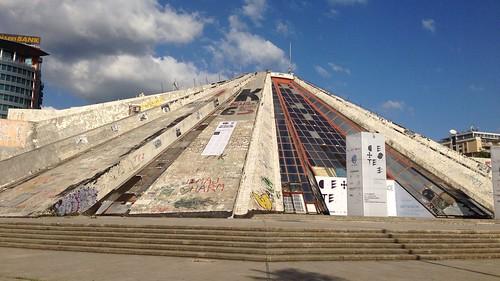 La piramide di Tirana