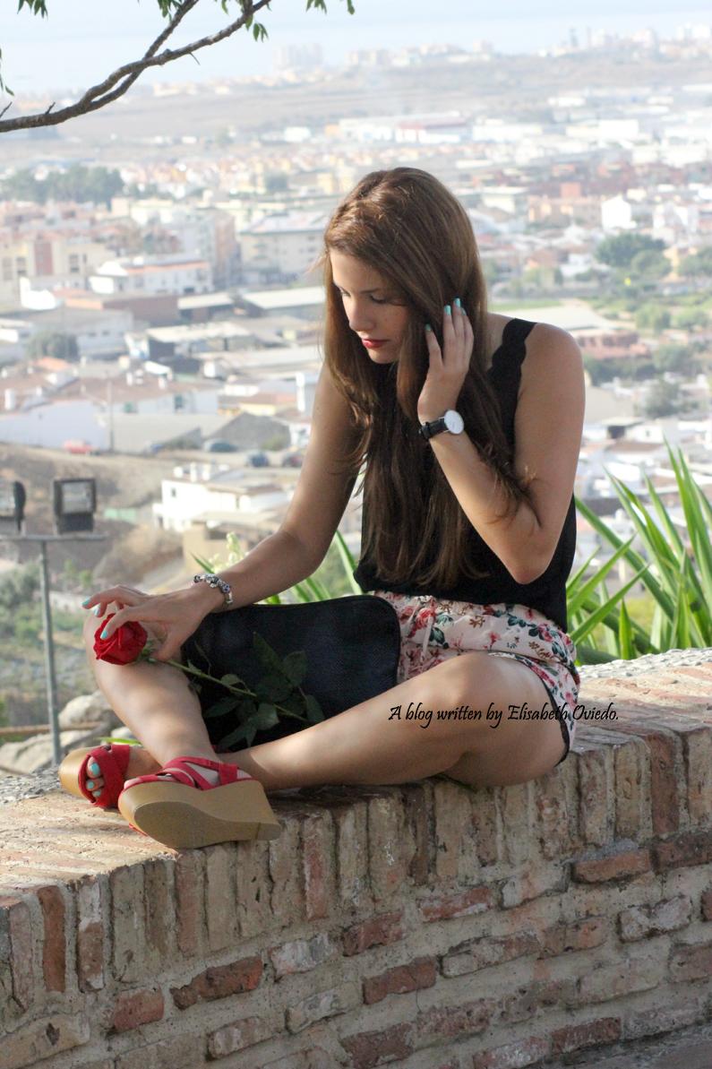 shorts de flores y cuñas Marypaz HEELSANDROSES (5)