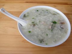 coconut(0.0), produce(0.0), steamed rice(1.0), rice(1.0), raita(1.0), food(1.0), dish(1.0), congee(1.0), soup(1.0), cuisine(1.0),