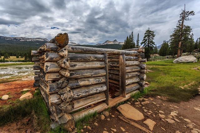Soda Springs Cabin in Yosemite National Park