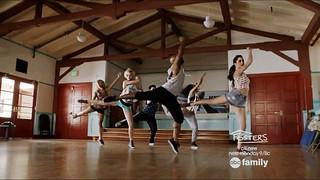 S02E07-DanceTeam