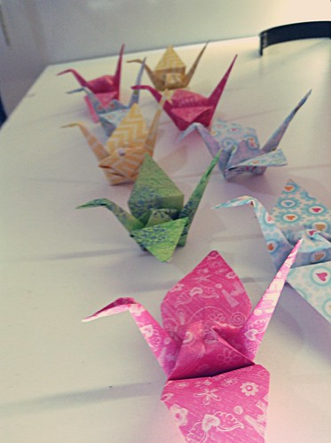 #Paper cranes tutorial www.colorandlove.com