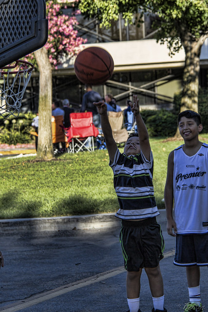 Downey 2nd Annual National Night Out shooting hoops