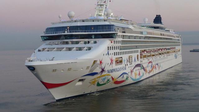 Norwegian Star - Cruise Ship