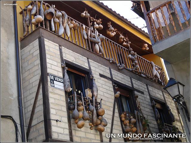 Casa de las Calabazas, Garganta la Olla.