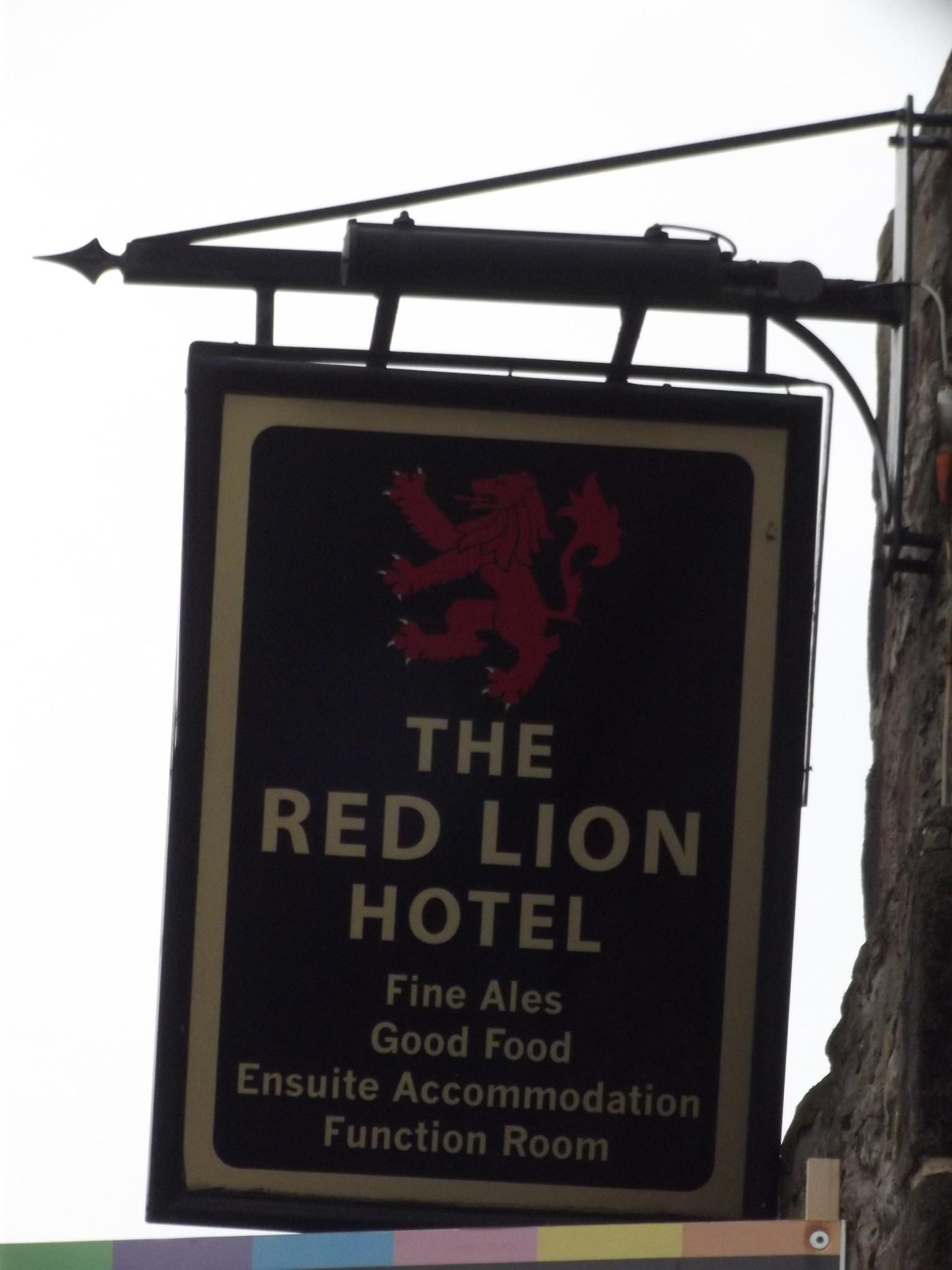 Red Lion Hotel Oakland Parking