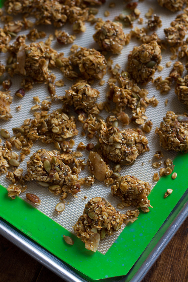 Crunchy Pumpkin Spice Granola with Big Clusters