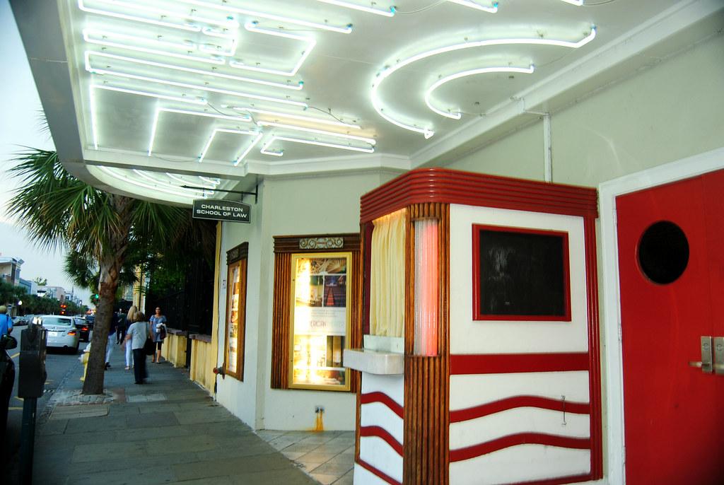 American Theatre_Art Moderne style