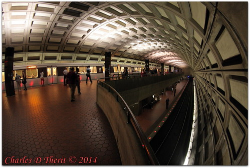 2014 canon explore summer vacation eos eos5d eos5dclassic 5dclassic 5dmarki 5d 5dmark1 ef815mmf4lfisheyeusm ef815mm 815mm fisheye 115s f4 iso1600 15mm focal length subway station dc metro rosslyn arlington va us usa unitedstates northamerica public transit transportation districtofcolumbia district columbia washington nationscapital capital best wonderful perfect fabulous great photo pic picture image photograph