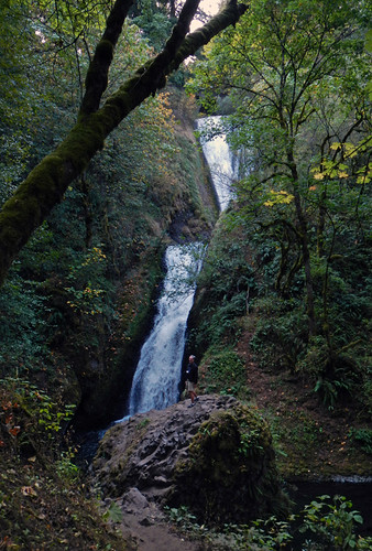Bridal Veil Falls, one of the many waterfalls along Historic Hwy 30 in Oregon