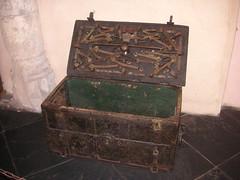 Middeleeuwse kist in burcht van Vianden