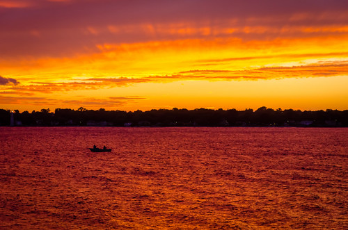 sunset beach crimson golden evening boat cloudy newengland groton averypoint