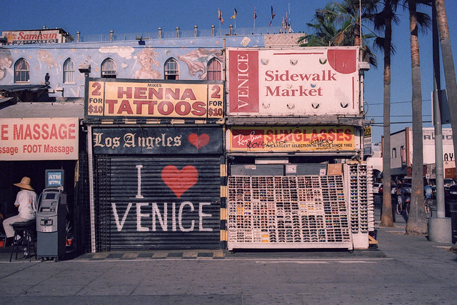 henna tattoos. venice beach, ca. 2016.
