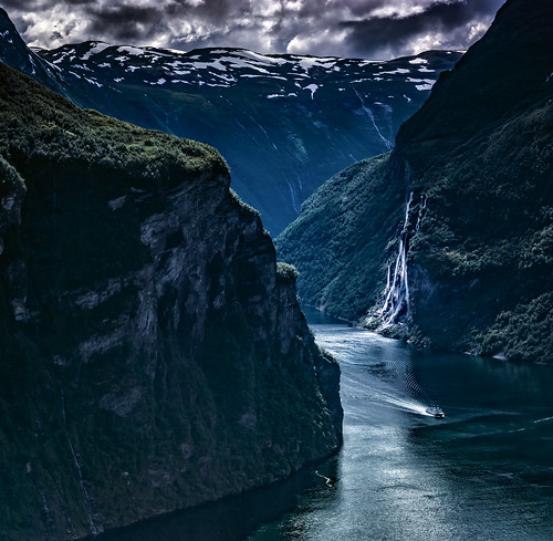 blue contrast clouds cloud falls green glacier heaven hill hills landscape light mountain mountainscape monumental minolta nature norway geirangerfjord geiranger outdoors outdoor ocean fjord panorama reflection rock rocks ripples sony sky tree trees telelens valley view wimvandem wild water waves wave waterfall waterfalls unescoworldheritage 150199faves rockpaper greaterphotographers