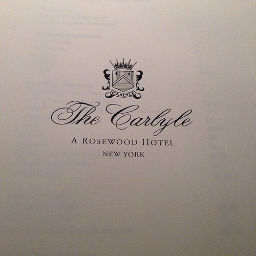 135:365 At the last minute I remembered @stevetyrell would be at The Carlyle tonight! Perched at the bar with a glass of wine and ready for some great music.
