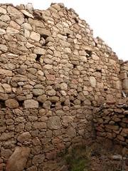 2ème maison de Ghjuncaghjola : l'intérieur avec vue du mur du fond