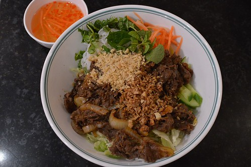 My Selection Cafe: Chilli and lemongrass beef salad with vermicelli