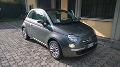 automobile(1.0), fiat(1.0), fiat 500(1.0), vehicle(1.0), city car(1.0), land vehicle(1.0),