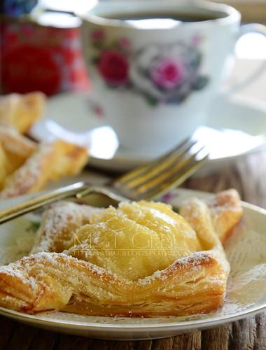 rsz_salted_caramel_pear_tart1