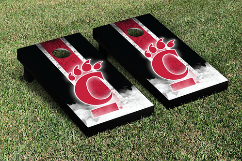 University of Cincinnati Bearcats Cornhole Game Set Vintage Version