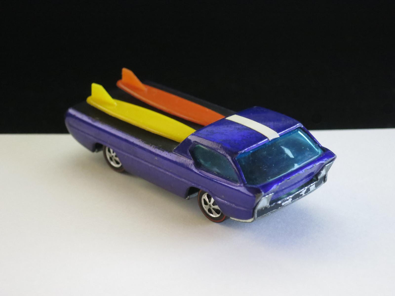 Hot Wheels Redline Purple Deora HK