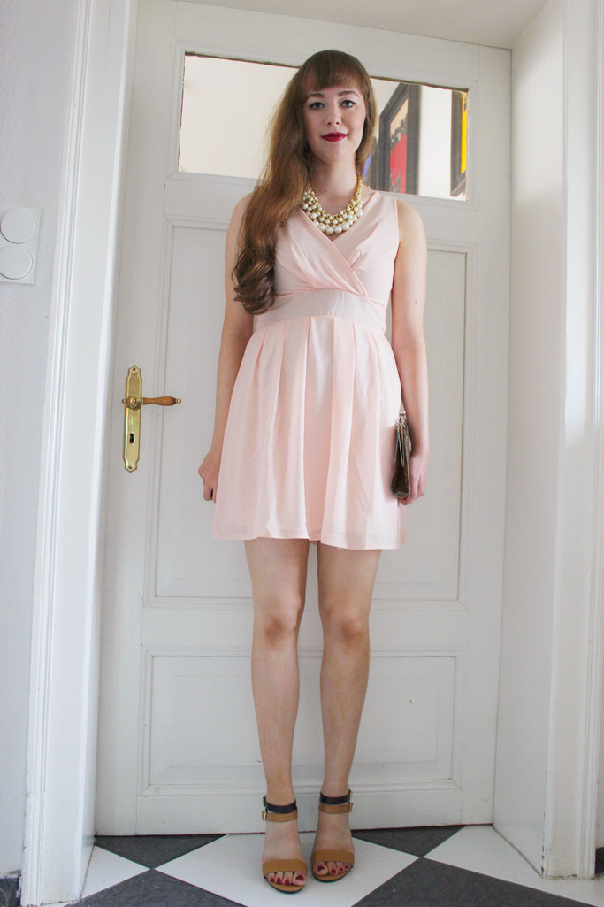 Party outfit blogger inspiration - going out look outfit - what to wear to a nightout paty
