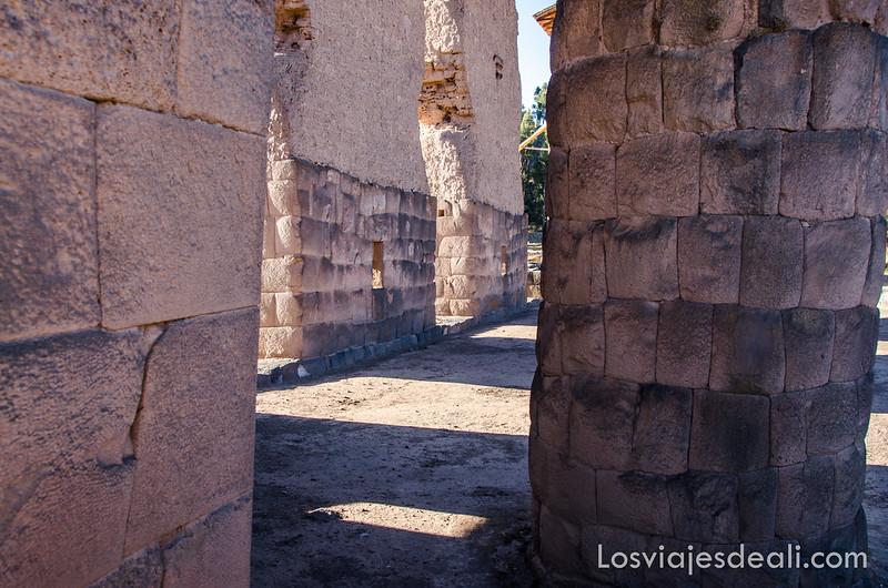 templo de wiracocha en la ruta Sillustani y Raqchi