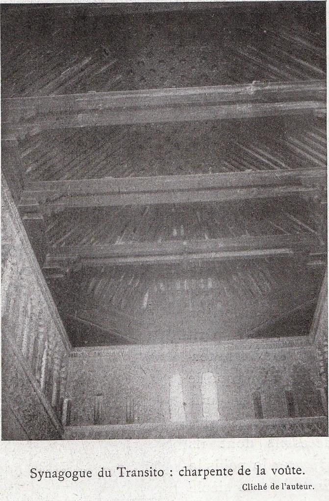 Artesonado de la Sinagoga del Tránsito a comienzos del siglo XX. Fotografía de Élie Lambert publicada en su libro Les Villes d´Art Célebres: Tolède (1925)