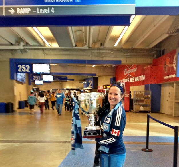 Our #CascadiaCup is in the house thanks to @shomgotoshi #VWFC #VanvPor @BCPlace