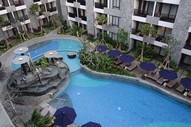 Fountain Pool by day at Courtyard by Marriott Bali Seminyak - Aug 2014