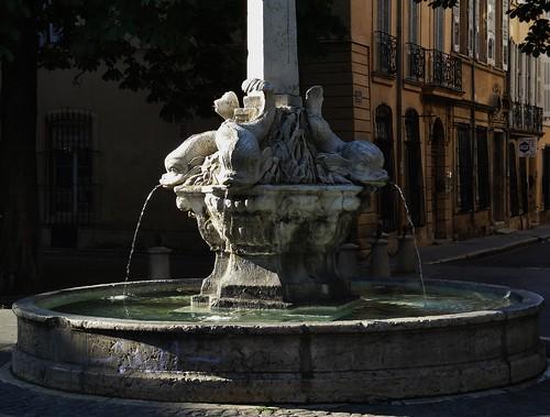 Fontaine des 4 Dauphins - Aix en Provence