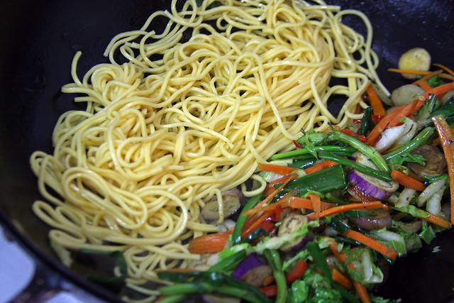 Chow Mein   (23)
