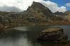 Vue depuis le lac sur le pic