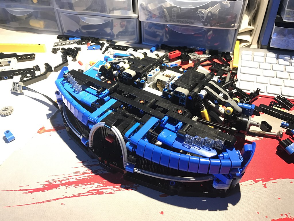 wip bugatti chiron 1 8 lego technic mindstorms model team eurobricks forums. Black Bedroom Furniture Sets. Home Design Ideas