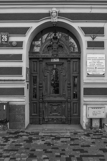 ul. Wielkopolska 26