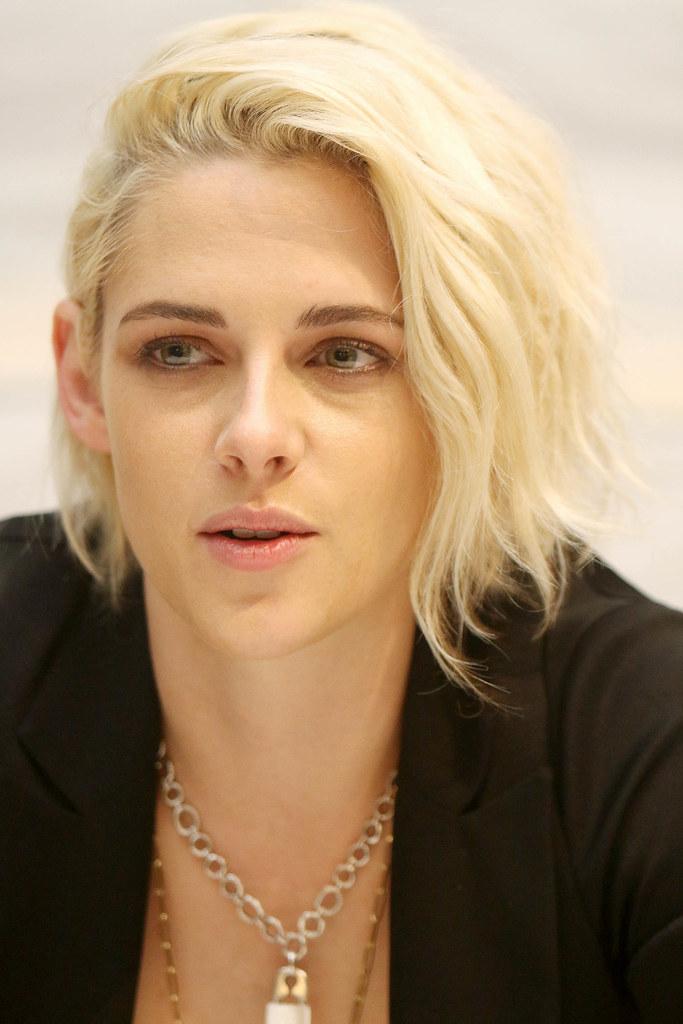 Кристен Стюарт — Пресс-конференция «Прогулка Билли Линна» 2016 – 85