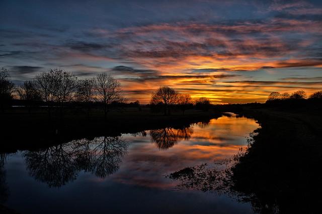 Sunset on the Nene, Fujifilm X-E1, XF18-55mmF2.8-4 R LM OIS