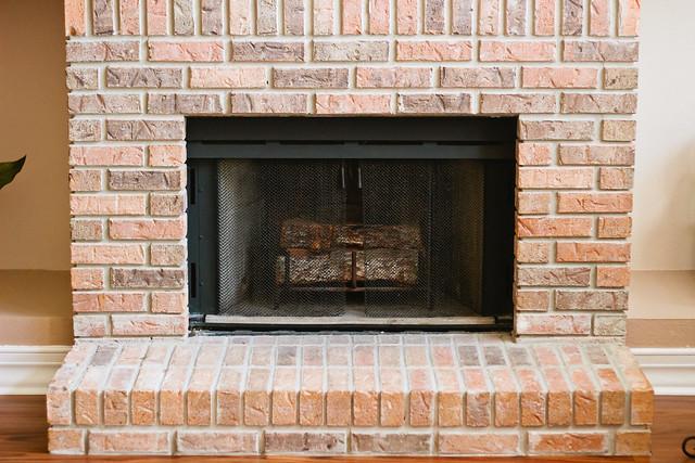 {decorating a fireplace} via chevrons & éclairs