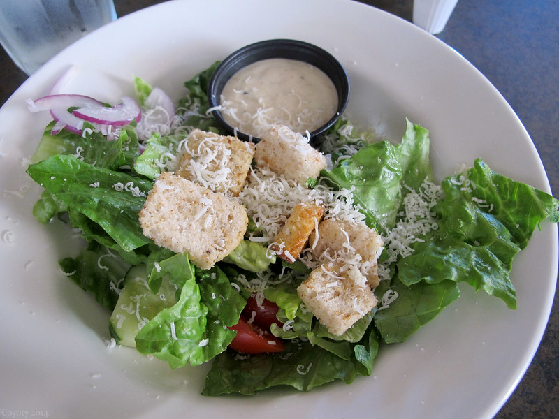 Salad with peppercorn dressing