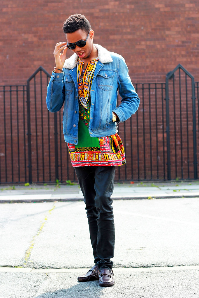 African-Dashiki-Shirt-with-denim-jacket, men's traditional print shirt, men's shirt, men's printed shirt, mens embroidered dashiki, men's embroidered dashiki, how to style skinny body, men's trend, men's fashion trend, men's fashion, style of kitenge wear, vitenge for occasions