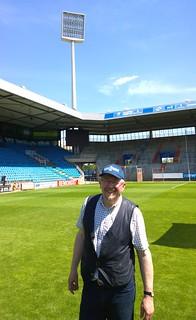 VfL Bochum 1848: Mannschaftsfoto 2014: MdB Axel Schäfer (SPD) beim Betriebspraktikum