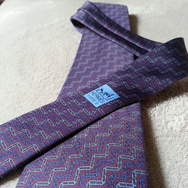 A beautiful silk tie for Chéri too.  :-) ♥ #Hermes