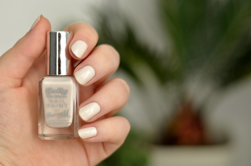 notd barry m gelly coconut nail polish rottenotter rotten otter blog