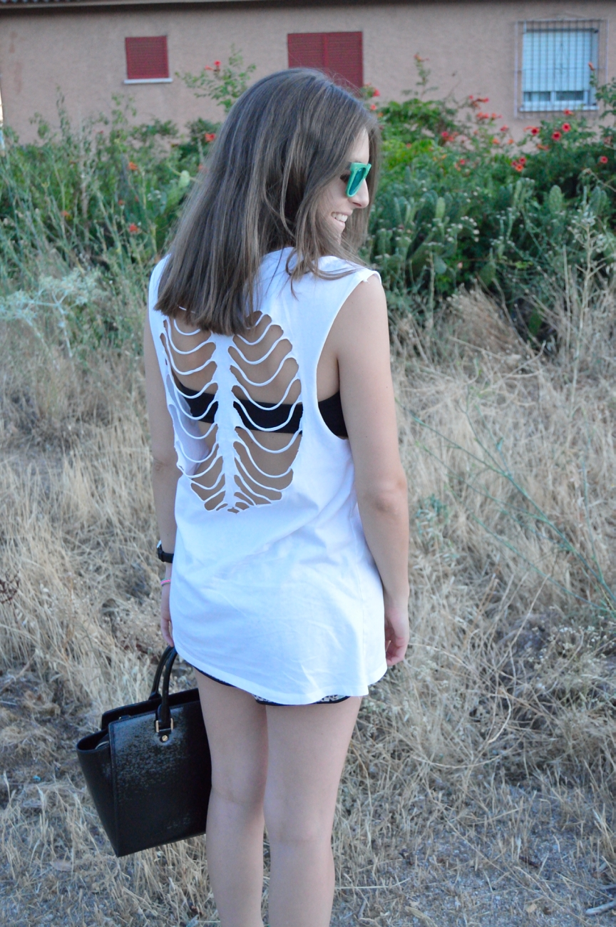 lara-vazquez-mad-lula-fashion-blog-style-streetstyle-back-details